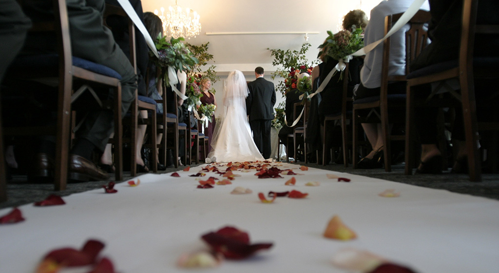 おすすめの結婚式準備サイト